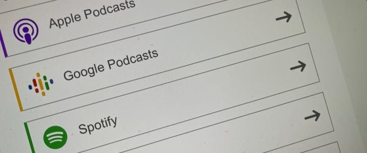 PowerPress sidebar icons in a row for Apple Podcasts, Google Podcasts, and Spotify subscription links